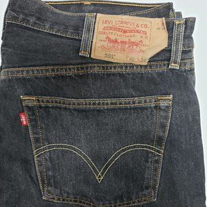 Levis 501 Straight Leg Button Fly Jeans 40 x 34